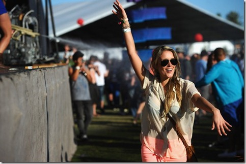 2012 Coachella Music Festival Day 2 9Tft5H557Hpl