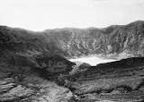 Tangkuban Perahu (unknown photographer, 1915-1918) Courtesy TropenMuseum Archives