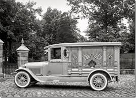 1924-photo-of-Lincoln-hearse