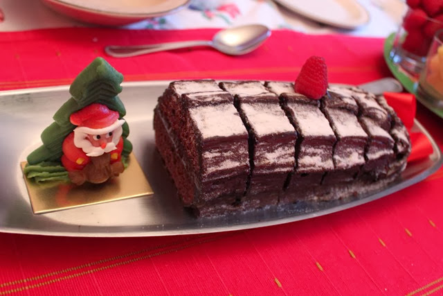 christmas-chocolate-log