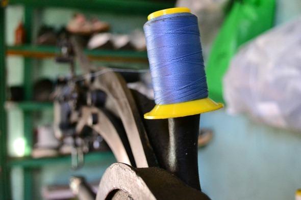 Carretel, linha azul, costura