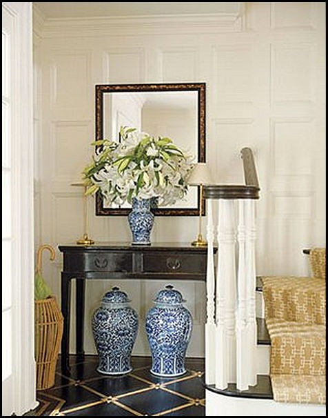 13-makeovercolor-foyer-0208-xlg