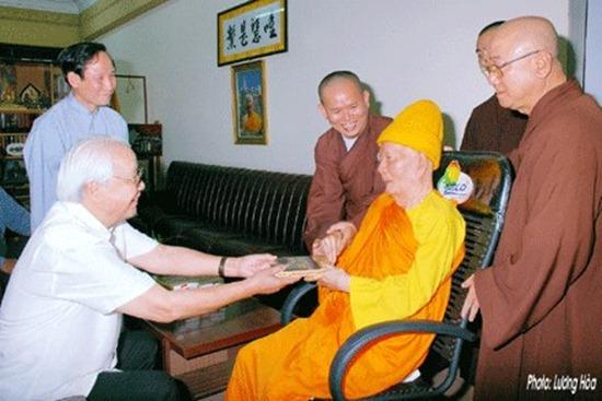 hoa-thuong-thich-minh-chau-dau-an-lich-su (17)