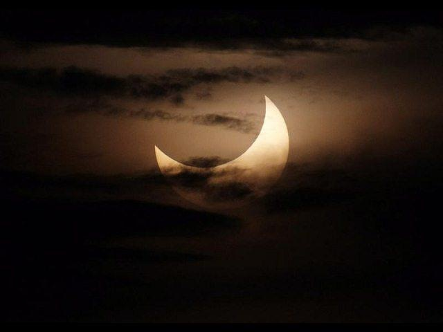[eclipse%2520anular_4%255B2%255D.jpg]