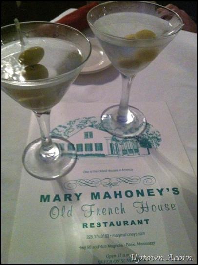 Cocktails Mary Mahoneys
