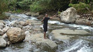 Guide Isa; Wanderung im Koroyanitu National Heritage Park.