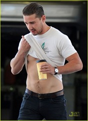shia-labeouf-fueling-up-03