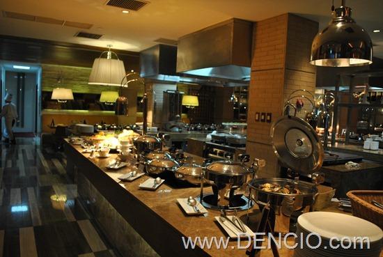 Cafe Ilang Ilang Buffet Manila Hotel 032