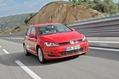2013-Volkswagen-Golf-04