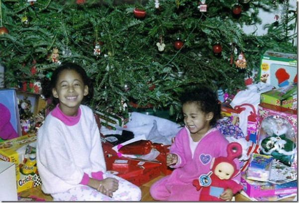 happy-kids-christmas-morning-10