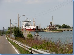 8427 Thorold -  Welland Canals Parkway - Thunder Bay lake freighter in Lock 6