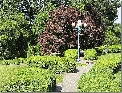 OE_Garden_Paths