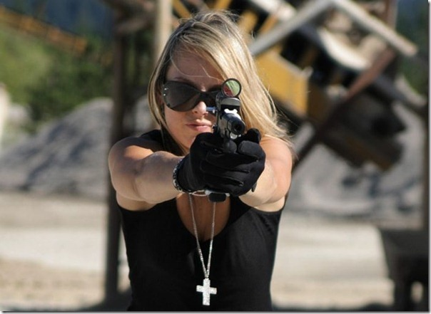 Mulheres com armas (24)