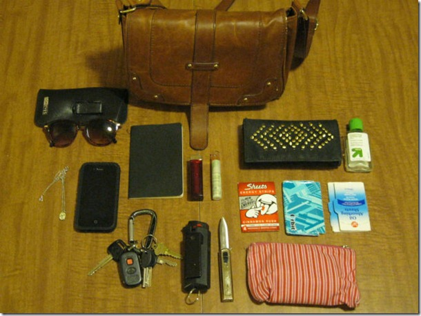 personal-possessions-everyday-16