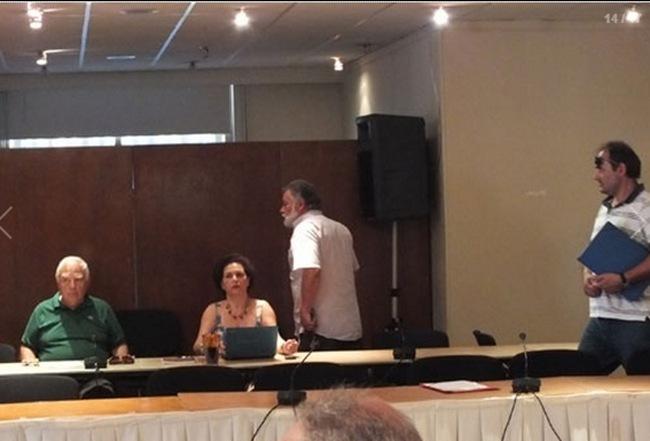Ξέσπασμα Σπ. Κουνάδη: «Ντρέπομαι για την παράταξη μου». Διακόπηκε η συνεδρίαση πριν καν αρχίσει.