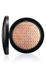 LightnessofBeing-MineralizeSkinFinish-Lightscapade-72