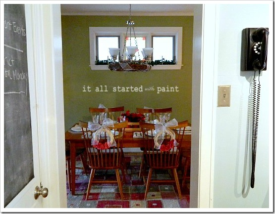 Holiday Table from Kitchen (550x413) (2)