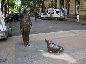 Statue 001