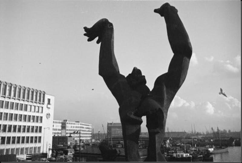 'De Verwoeste Stad' van Zadkine, Rotterdam (1962)
