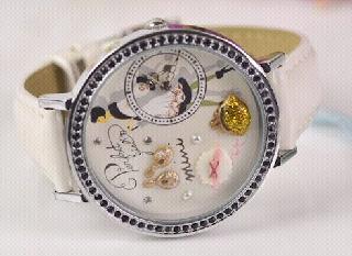 3D watch rich lady design The Curve