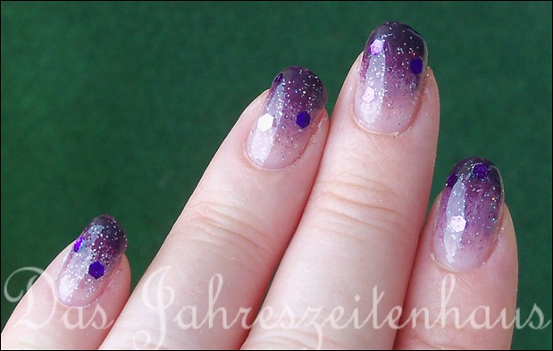 Nageldesign Violetter Sternenhimmel 2