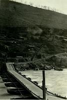 Plava-ponte di barche base q383.png