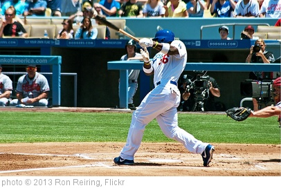 'Yasiel Puig' photo (c) 2013, Ron Reiring - license: http://creativecommons.org/licenses/by/2.0/