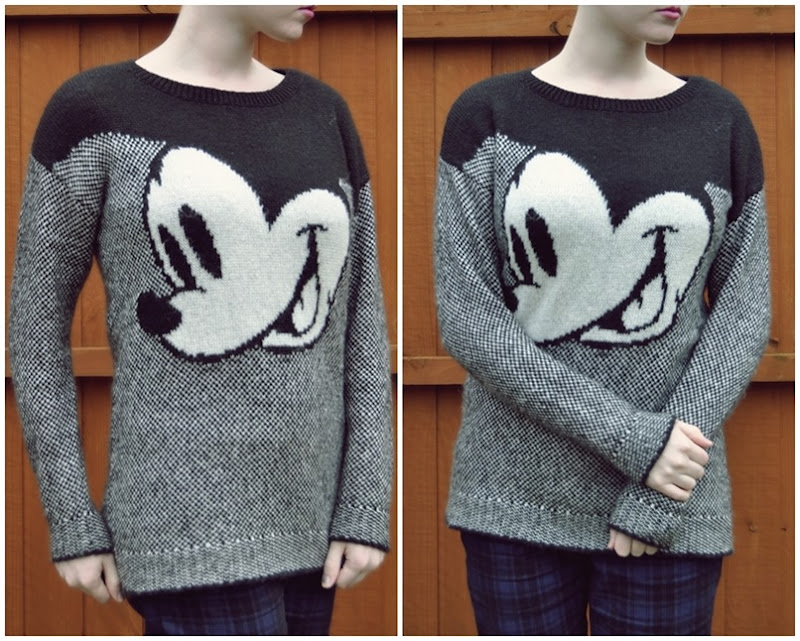 h&m mickey mouse jumper disney fashion blog