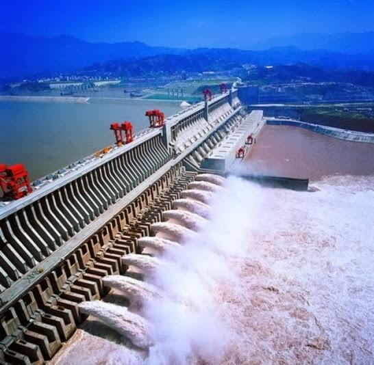 Three_Gorges_Dam_-_Cel_mai_mare_baraj_din_lume_01