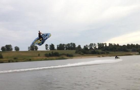 Esqui Inflável 01