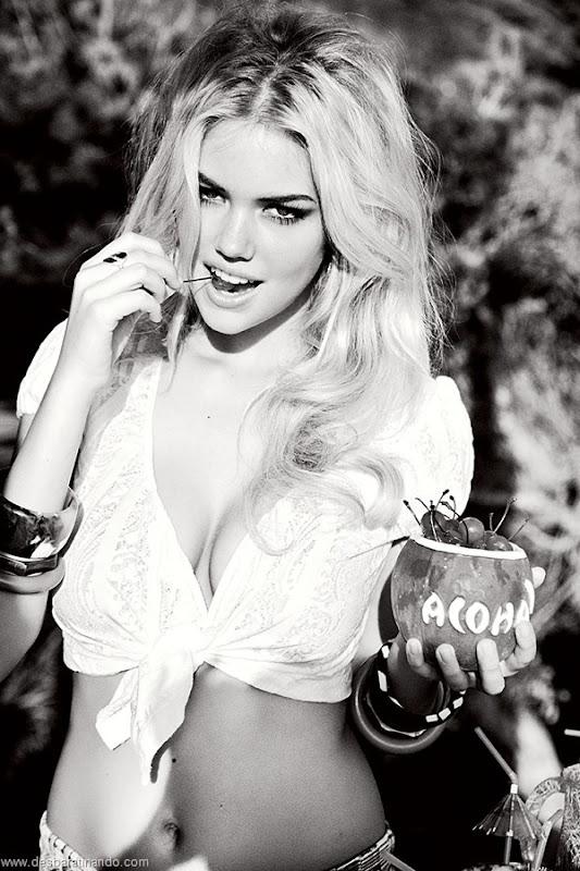 kate-upton-linda-sexy-sensual-sedutora-bikine-biquine-lingerie-boobs-blonde-desbaratinando (155)