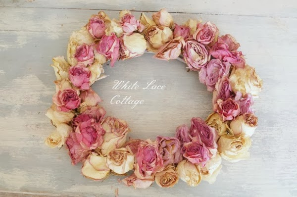 WhiteLaceCottage Dried rose wreath
