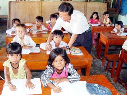 Nhà giáo Việt Nam có thực sự cần ngày nhà giáo?