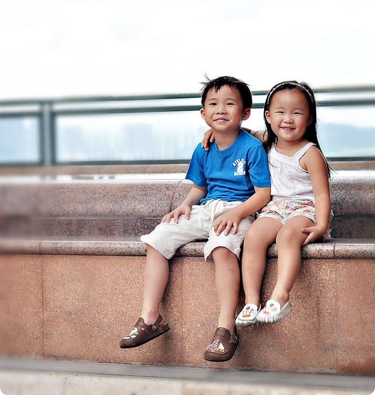 Smiling-duo_thumb5