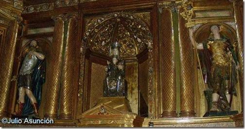 Virgen de Irache con San Emeterio y San Celedonio - Dicastillo