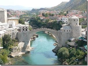 800px-Mostar_bridge