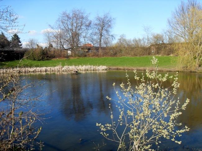April 2013 - ved søen