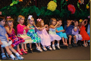 g 2 year old school play (24)