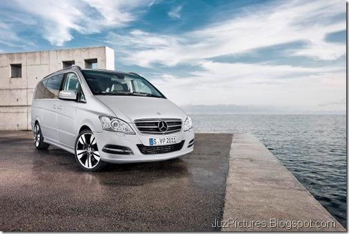 Mercedes-Benz-Viano-5