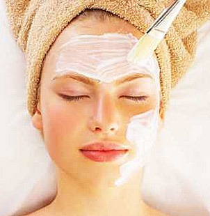 Deep-cleansing-facial-treatment
