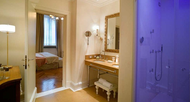 2867_suite_depepi_bathroom_santacroce_florence