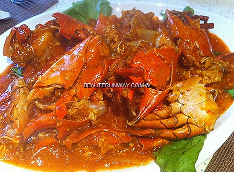 PARKROYAL BEACH ROAD CRAB BUFFET FEAST JAPANESE LOCAL HAWKER Nonya Curry Crab, X.O. sauce Crab, Butter Stirred Fried Crab Egg Yolk, Thai Green Curry Mud Crab Sichuan StyleFlower Crabs Chilli Crab Black Pepper Soft shell crab dim sum