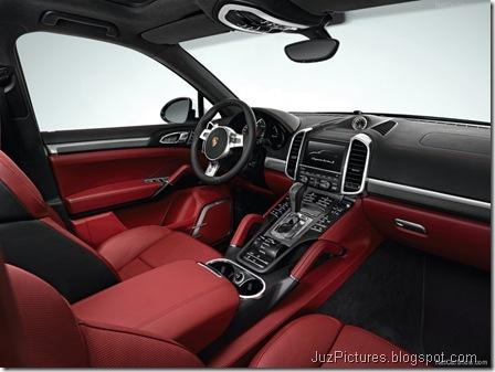 Porsche-Cayenne_Turbo_S_2013_800x600_wallpaper_0d