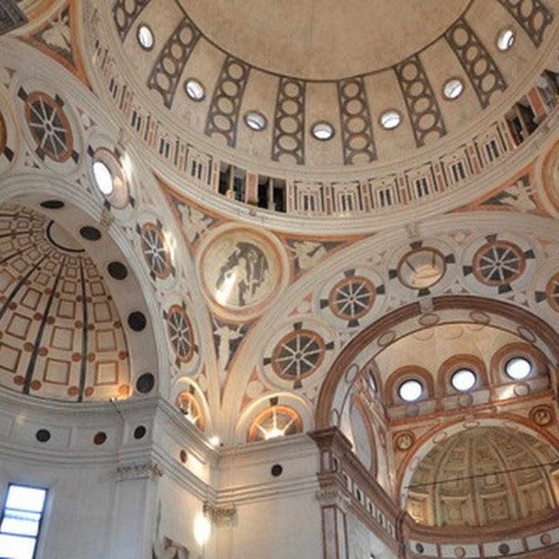 Santa Maria delle Grazie es una iglesia y convento de los dominicos en Milán de estilo gótico con influencia románica.