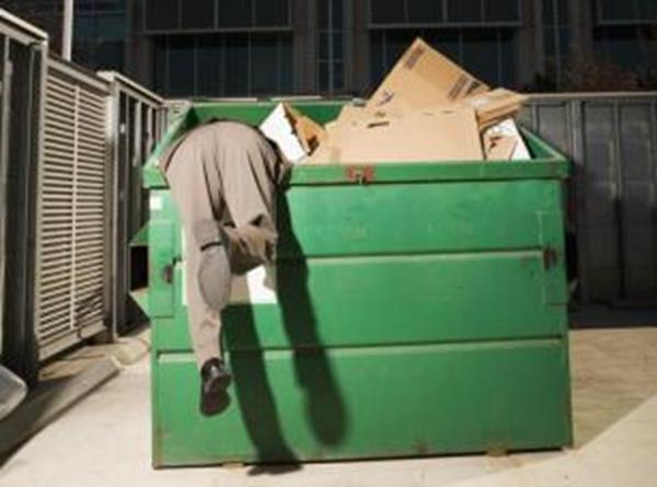 fouiller les poubelles pour récupérer un fichier