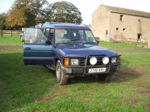 Land Rover Discovery, Land