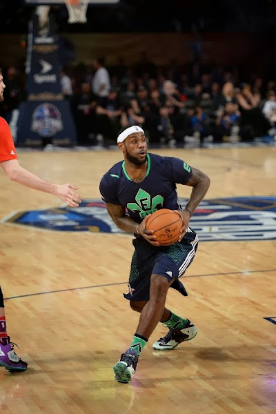 lebron james nba 140216 all star new orleans 11 game Gallery: LBJ Wears Gator King LeBron 11 in 2014 NBA All Star Game