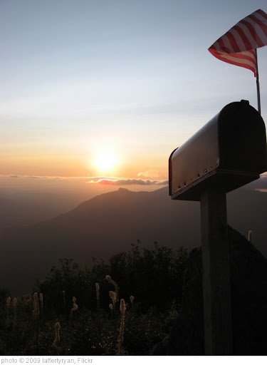'Mailbox Peak - Sunset 1' photo (c) 2009, laffertyryan - license: http://creativecommons.org/licenses/by/2.0/