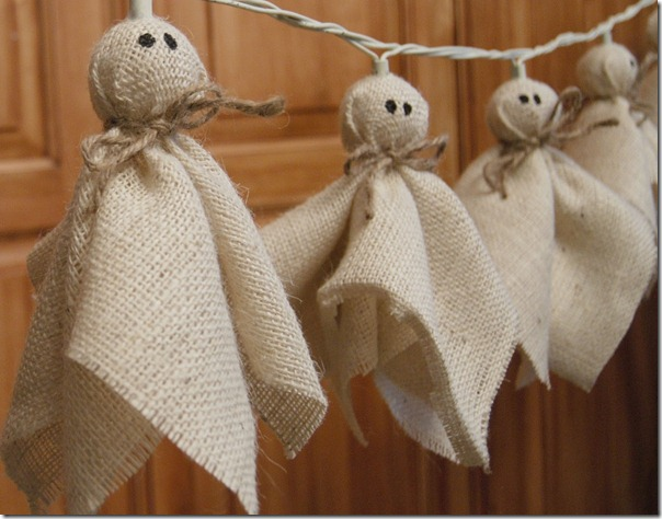 DIY burlap ghosts
