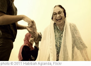 'Laughter' photo (c) 2011, Habibah Agianda - license: http://creativecommons.org/licenses/by/2.0/